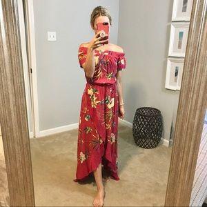 NWT EVEREVE Off the Shoulder Maxi Dress 💃🏼